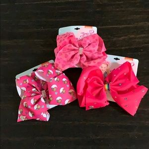Lot of 3 JoJo bows